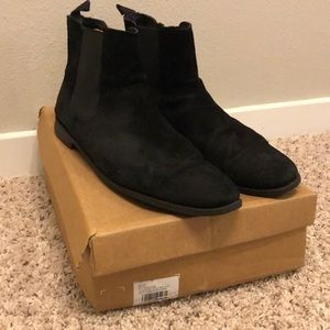 ASOS MEN CHELSEA BOOTS IN SUEDE